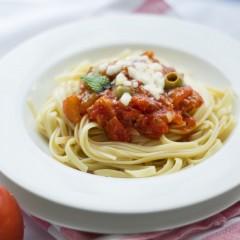 Czas gotowania makaronu powinien być dostosowany do jego rodzaju i składników