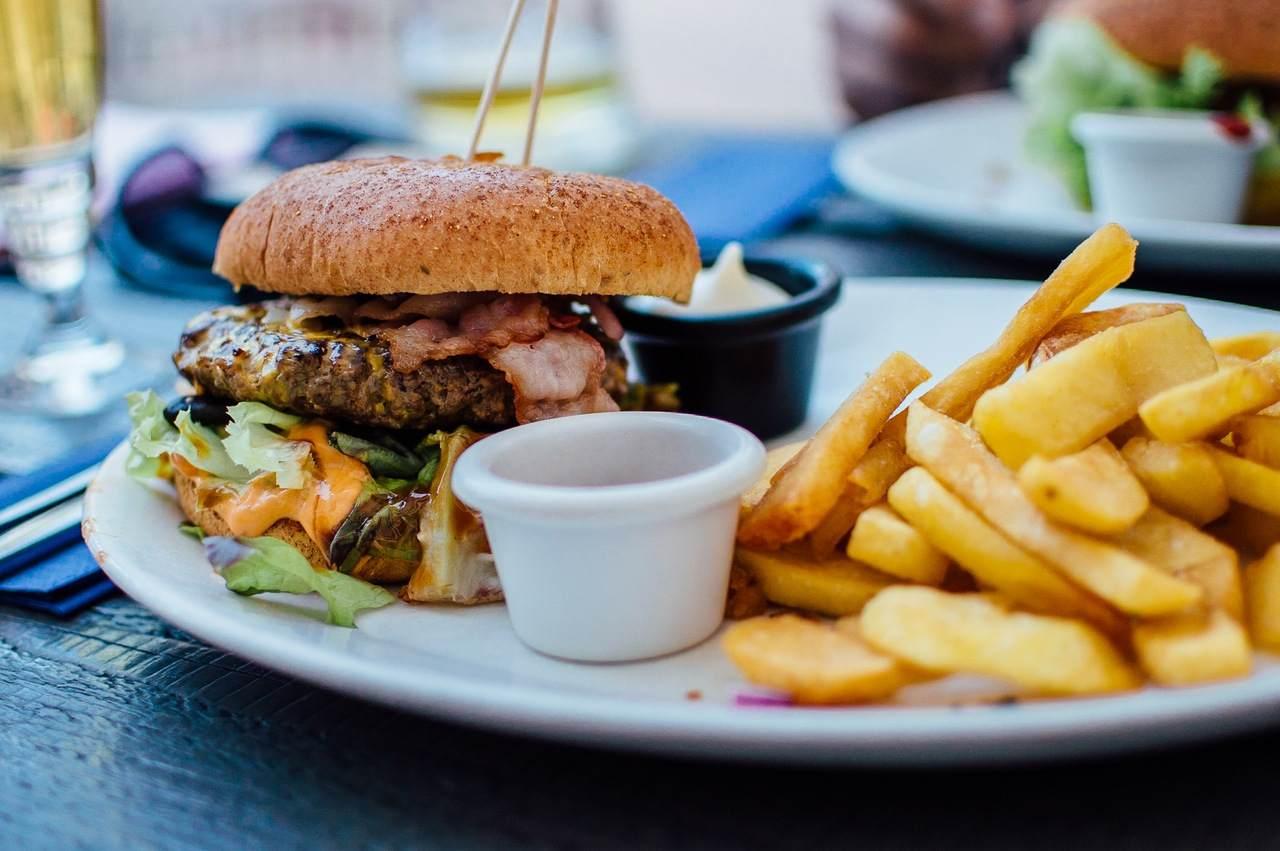 fast food - jedzenie - zdrowie